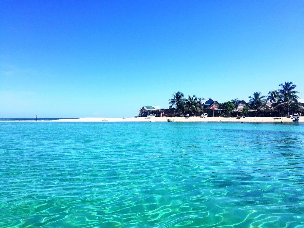 theb1rd_Honduras_Travel