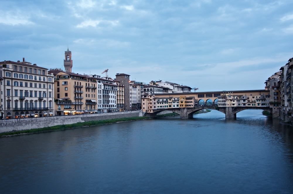 An uninspiring shot of the Ponte Vecchio. Dull sky, no reflection in the water. Actually, all around bad composition, too. What was I thinking?