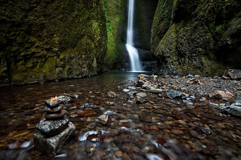 Autumn in Oneonta Gorge