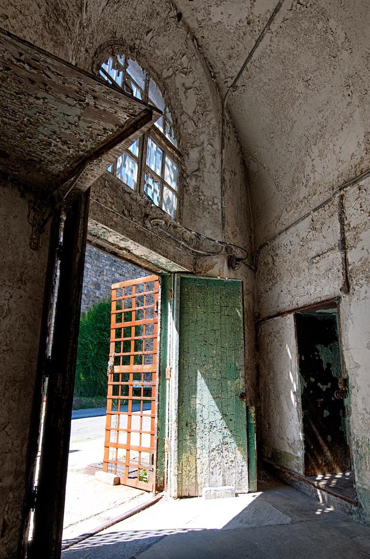 Doorway-2013-08-14-0001.jpg