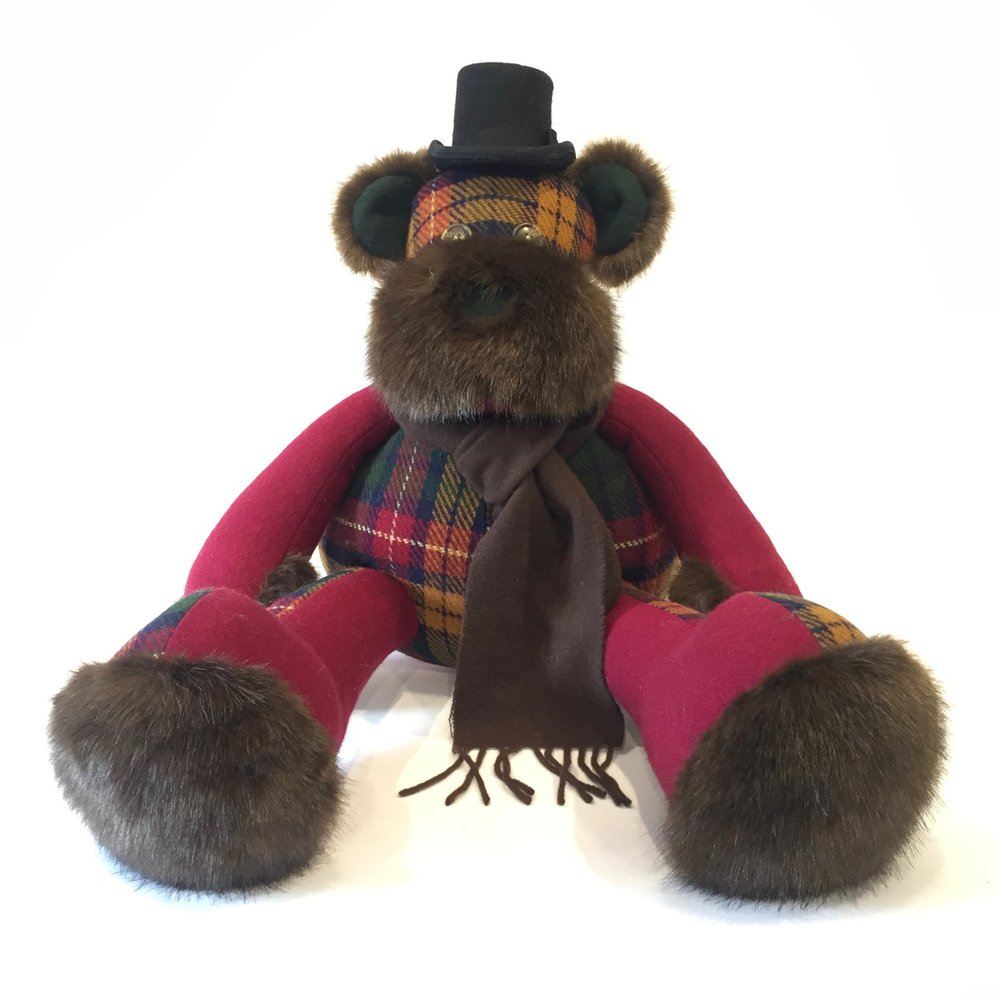 We are proud to announce that we have teamed up with Cushendale Woolend Mills in Kilkenny to offer an limited range of Hamilton Bears. All bears are handmade in Dublin and can be personalised with a message on the bears chest or scarf.