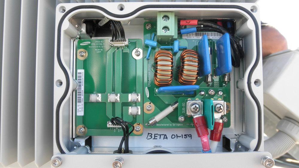 Beta 1900 RRU Power Term.JPG