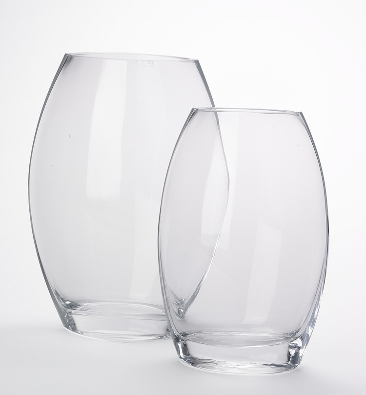 Flat Front Vase Clear Gifted Of Larchmont