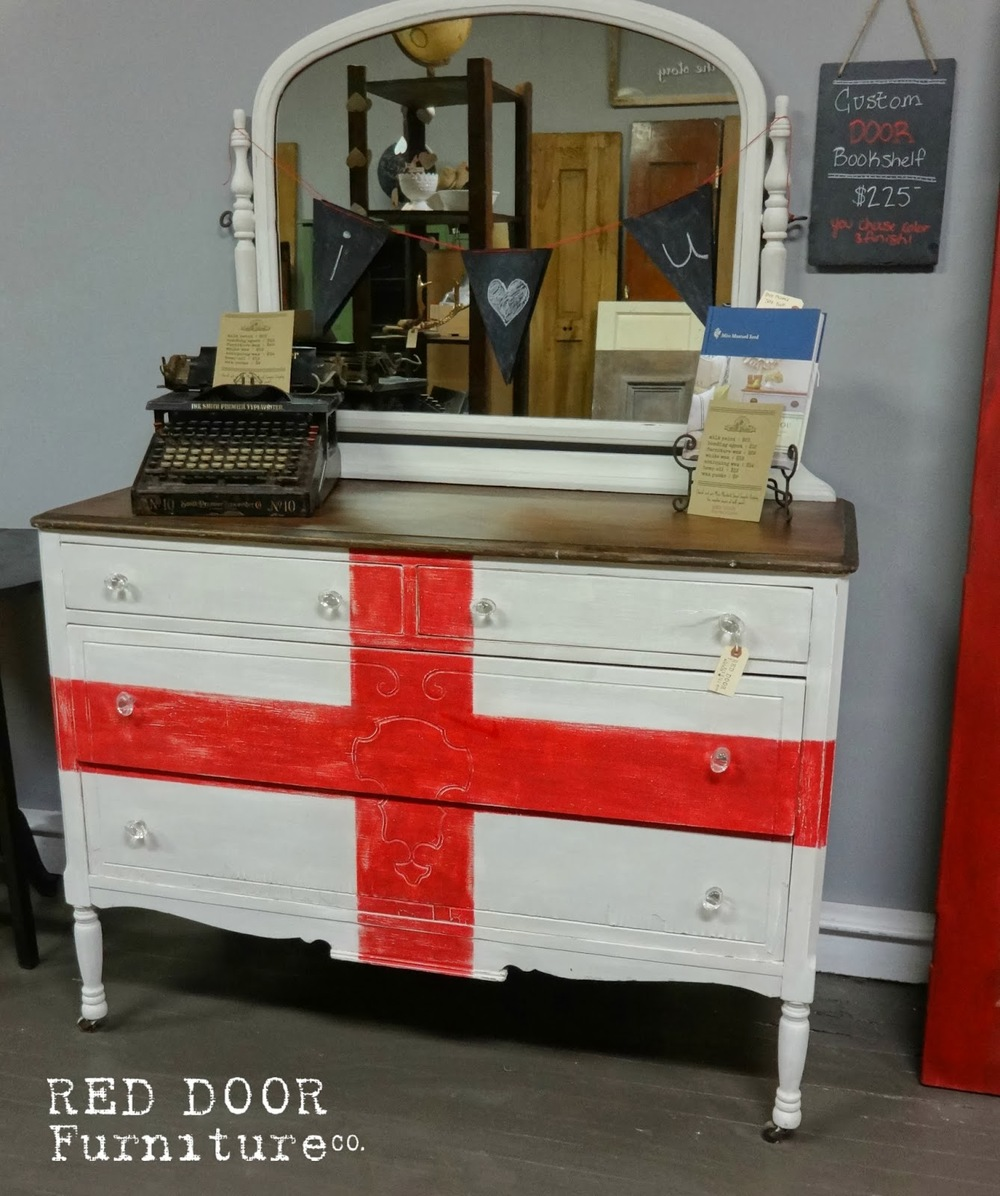 Redcross+Dresser.jpg