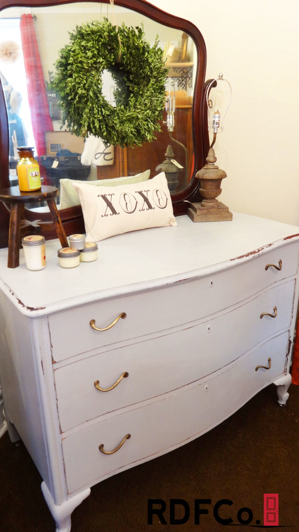 Custom painted furniture service in St. Louis