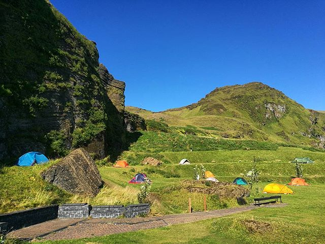Not a bad place to camp 👌⛺ #uncommonarctic #giroalfreddo