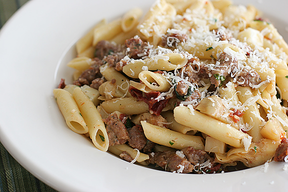 Pasta_with_Sausage_Artichokes_and_Sun-Dried_Tomatoes_recipe.jpg