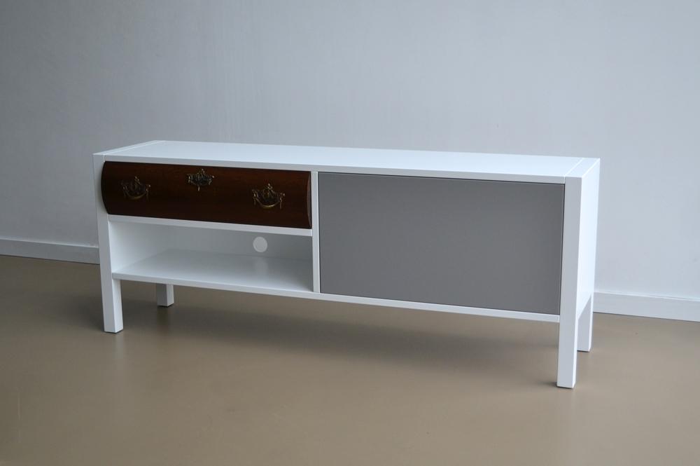TV-meubel 84