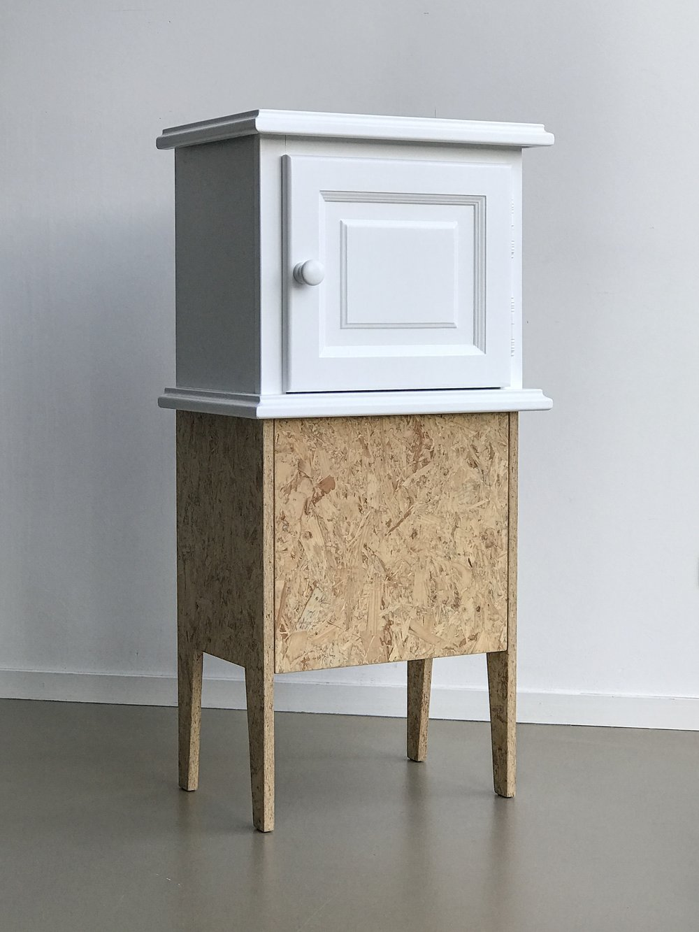 Cabinet98.jpg