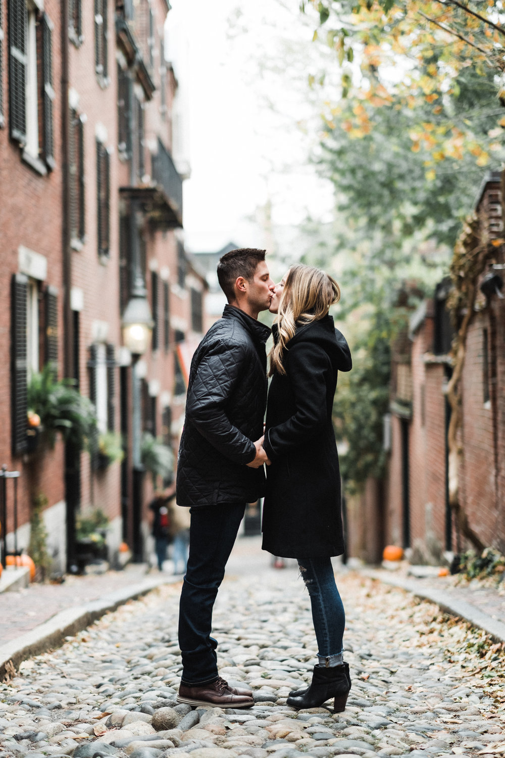 Francis_Boucher_Engagement_Beacon_Hill_Boston_2018-12.jpg
