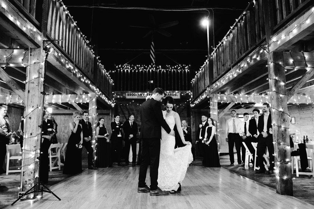 Wedding_Francis_Boucher_smith_barn_2018-75.jpg