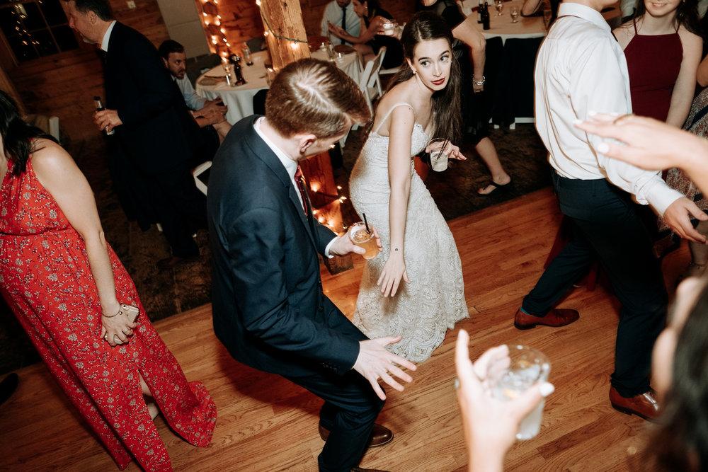 Wedding_Francis_Boucher_smith_barn_2018-89.jpg