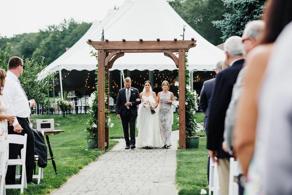 Wedding_Francis_Boucher_zukas_farm_2018-45.jpg