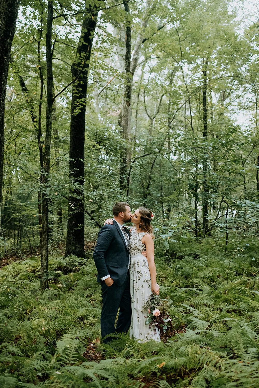 Wedding_Francis_Boucher_Gabby_Joel_Backyard_wedding_2018-126.jpg