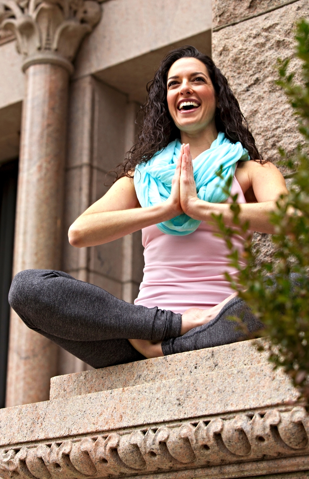 Practice with Lizzi | Private and group yoga sessions in Chicago
