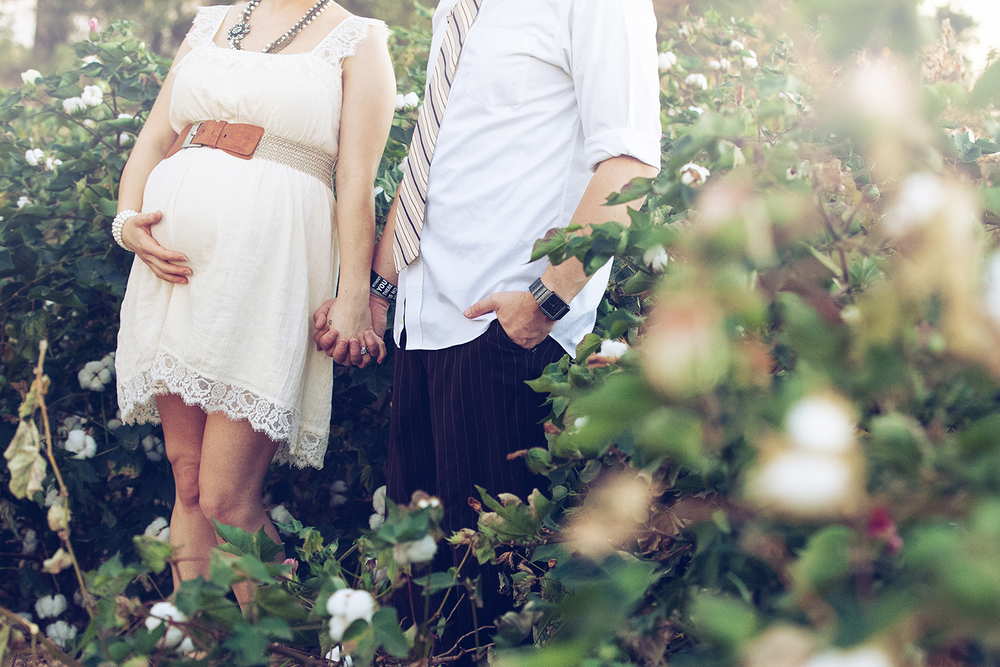 Erica_Maternity_Cotton Field_070.jpg