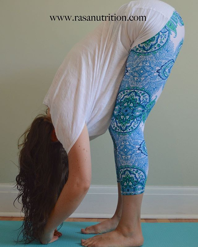Standing forward bend: create a calming effect on the body to aid in stress reduction. This pose also helps increase blood flow to the pelvis. #fertiltyyoga coming soon! #fertilityyogaottawa #ottawafertilityyoga #naturalfertilitycare #naturalfertilityinfo