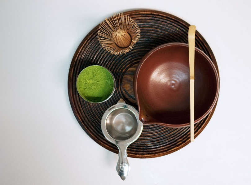 Meet your matcha accessories: a handmade bamboo whisk (called a  chasen  ), a tea bowl (  matcha-chawan  ), a measuring ladle (  chashaku  ), a tea strainer, and—of course—your Par Avion Tea Matcha Powder.
