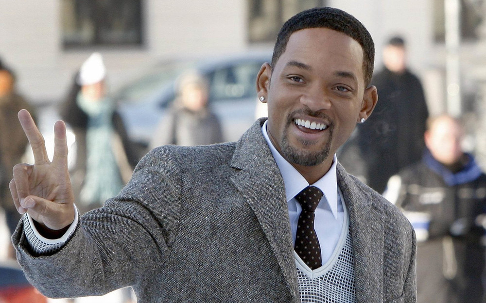 Will Smith: Feel free to admire ladies, but this is a lust-free zone. *smile*