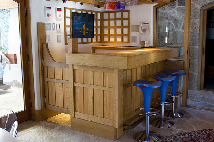 White Oak Bar