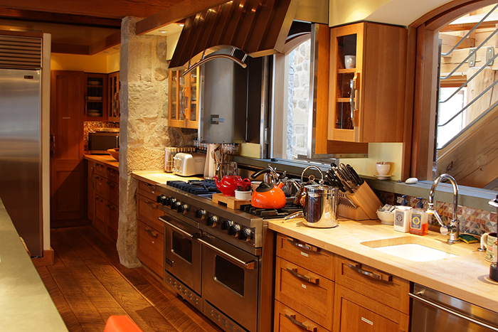 White Oak Kitchen Cabinetry