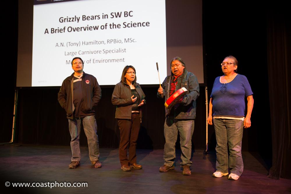 GrizzlyTalk-Whi2014-07.jpg