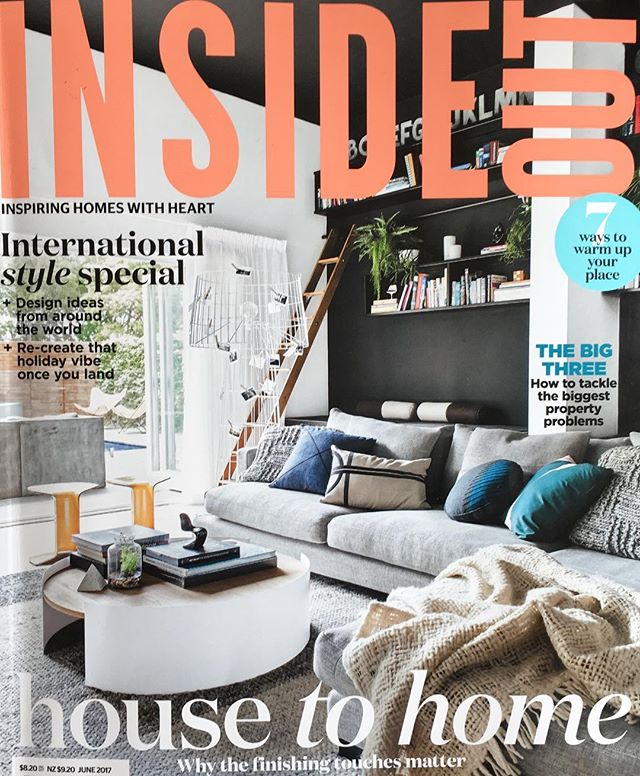 If only we could all nestle ourselves in this dreamy house like our Linen Albers cushion has. Thanks for including us in your beautiful work @kerrieann_jones_stylist  @insideoutmag 🙌🏻 #onlinenow #jenniferandsmith