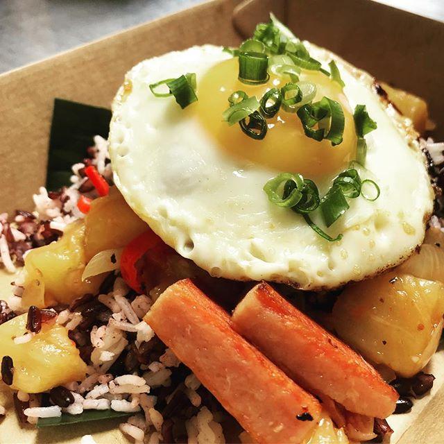 Grilled spam, fried egg, pineapple salsa with mixed black rice.. #JoMohana #johnmontagu #popup #sydneyeats #hawaiian #sydneyfood