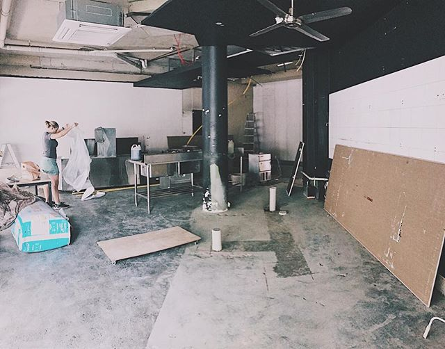 We know it looks crazy but we are on track with our renovations. Hope to see you all again in a couple of weeks time! . . . . . . #johnmontagu #renovation #sydneyfoodie #coffee #woolloomooloo #sydneyfoodie #sydneyfood #brunch #breakfast #barista