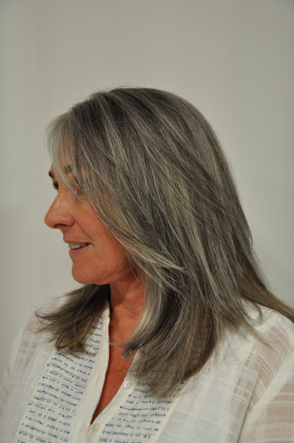 Going Gray Color Lounge