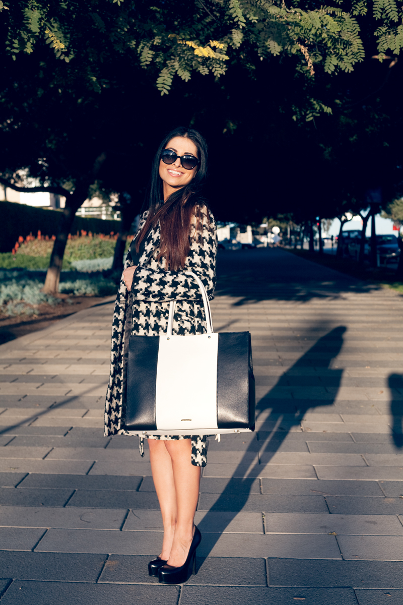 houndstoothcoat_rebeccaminkoffbag_saintlaurentheels_chanelsunglasses.jpg