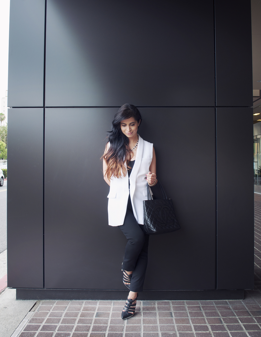 fashion blogger_white blazer_alice and olivia_vince_nastygal_savvy javvy_ombre hair_office style_corporate fashion_chanel_bauble bar