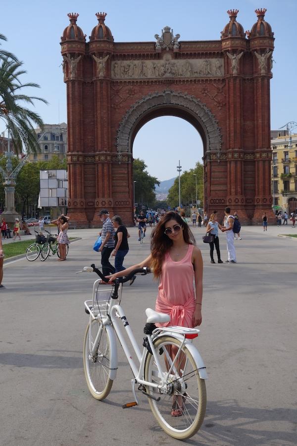 arc de triomph_barcelona_spain