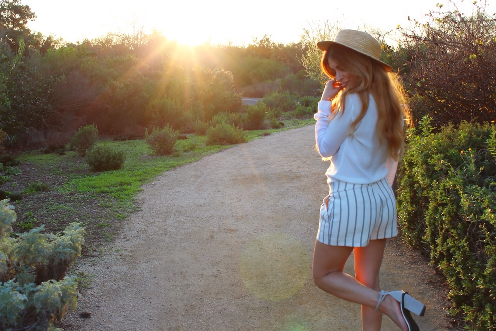piperlime_gap_moments of chic_savvy javvy_fashion blogger_spring trends 2015_spring fashion_summer fashion_nautical_cynthia vincent striped shorts_sol sana shoes