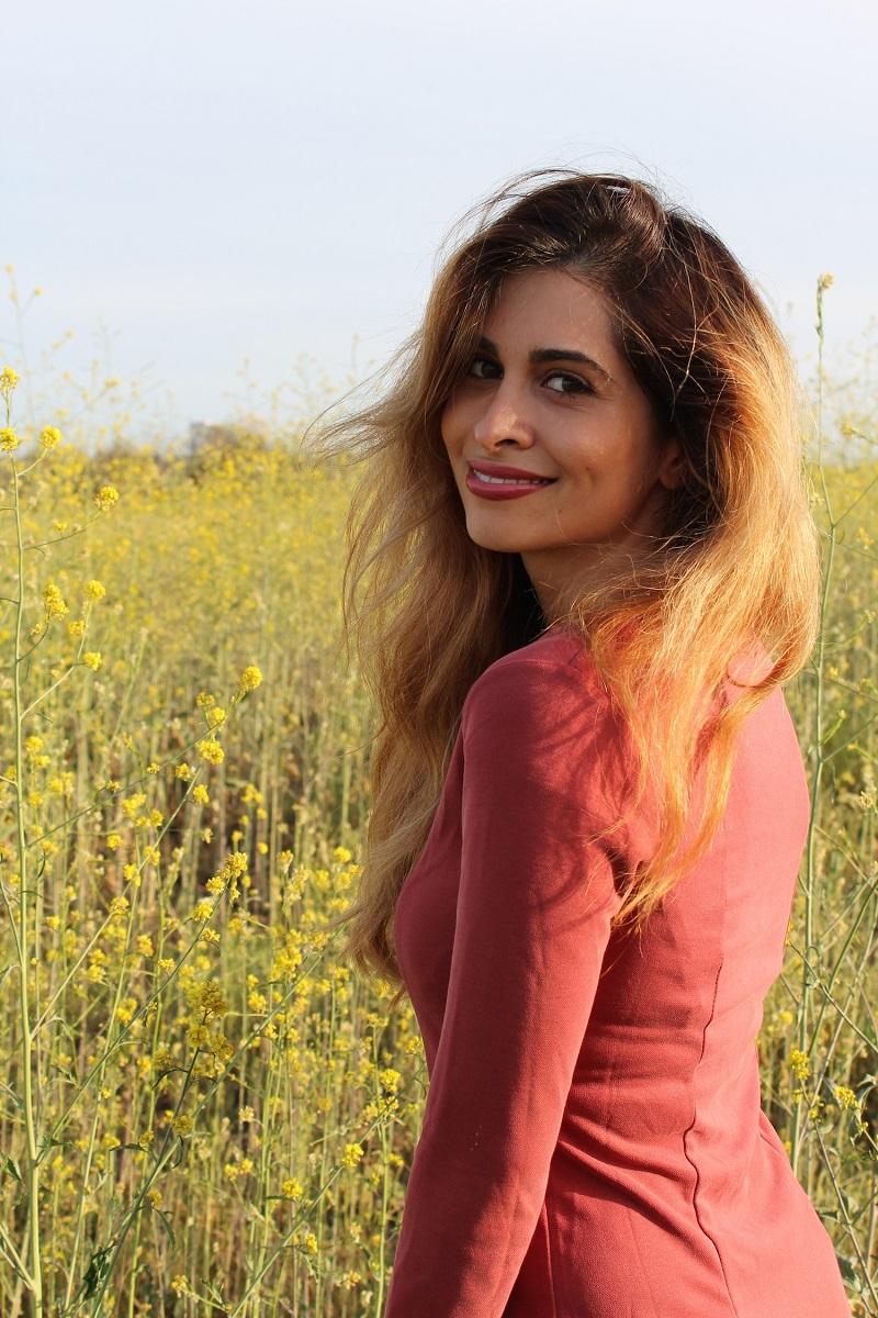 Coachella style_coachella survival guide_coachella 2015_h&m_fashion blogger_savvy javvy_flower fields_mustard flowers_poppies