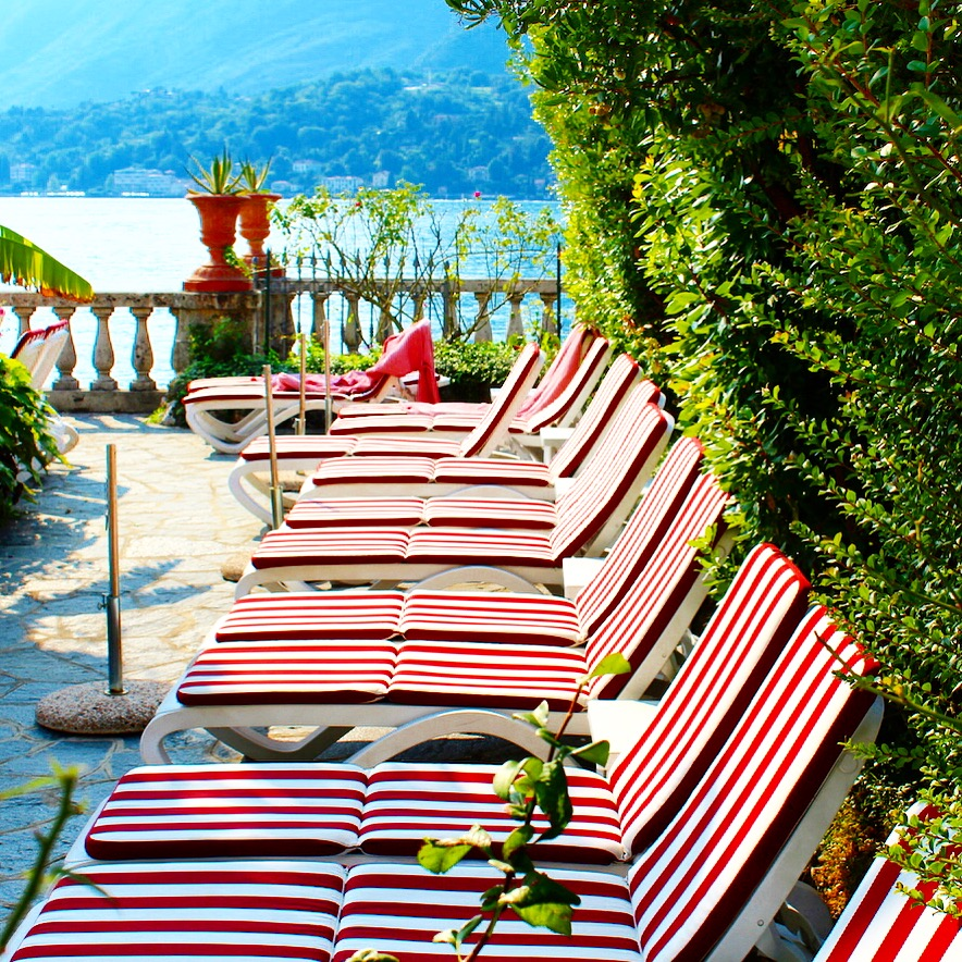 lake como_lake como travel guide_best restaurant in lake como_bellagio_italian villa_villa de este_villa del balbianello_lake como wedding_destination wedding_italian wedding_wedding in italy_savvy javvy_fashion blogger_michael stars_soludos_tom ford round sunglasses_villa serbelloni_ristorante bilacus_italian street style_weekend getaway_travel tips