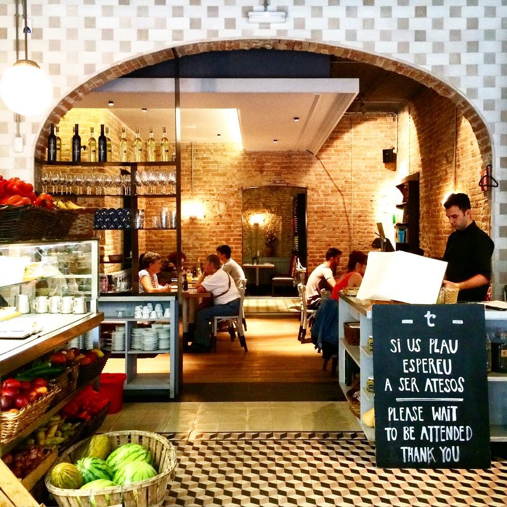 barcelona_w hotel barcelona_spg_travel blogger_savvy javvy_barcelona travel guide_best barcelona travel tips_Best restaurant in barcelona_best sightseeing in barcelona_what to see in barcelona_travel_barcelona tourism