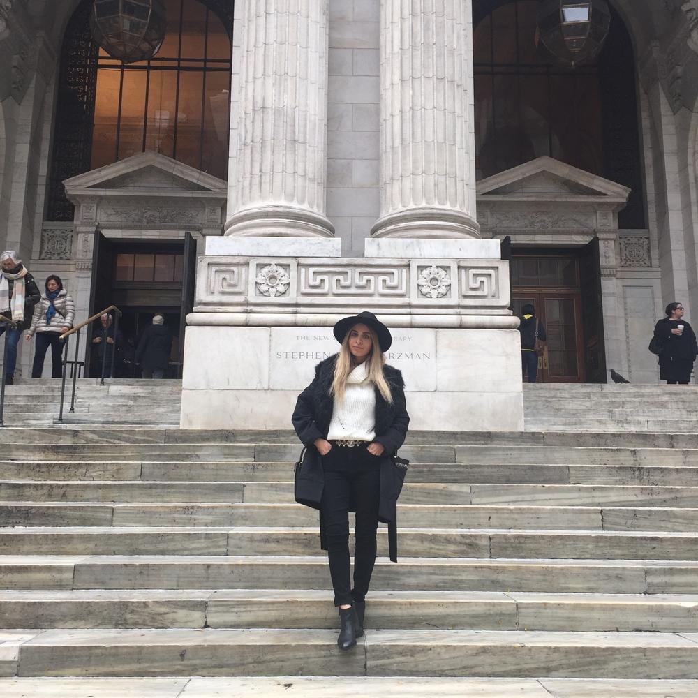 new york city_fashion blogger_ny fashion blogger_ny street style_nyfw_celine bag_savvy javvy_celine sunglasses_balayage hair_nyc library