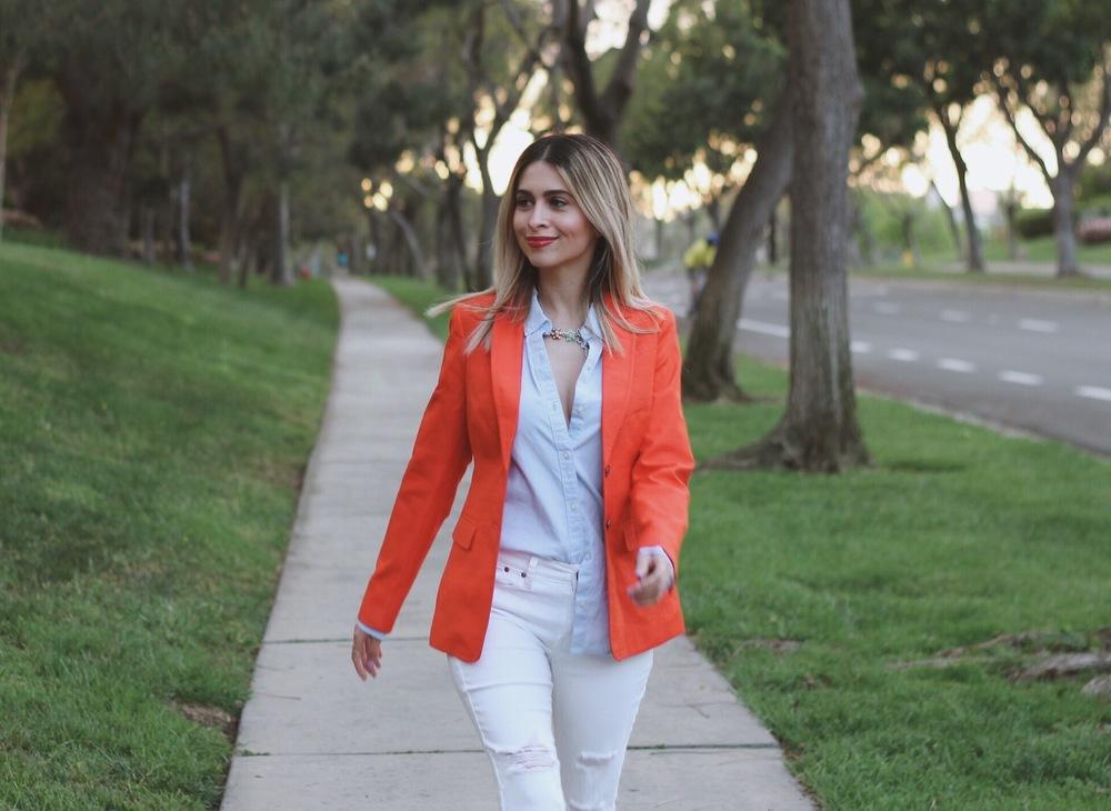 banana republic_blazer_orange blazer_red blazer_savvy Javvy_office style_corporate style_womens work wear_what to wear to work