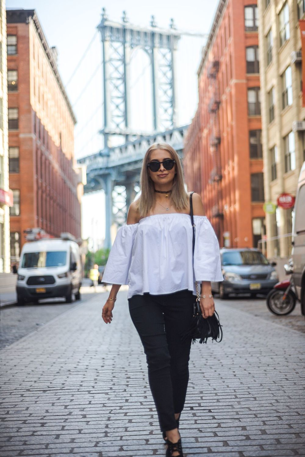 savvy javvy_nyc blogger_nyc fashion blogger_nyc street style_NYFW Streetstyle_brooklyn_dumbo_what to wear in NYC_icy blonde hair_kim kardashian hair_olsen twins hair_lob_celine sunglasses_over the shoulder top_over the shoulder shirt_what to do in dumbo_nyc travel blogger_what to do in NYC