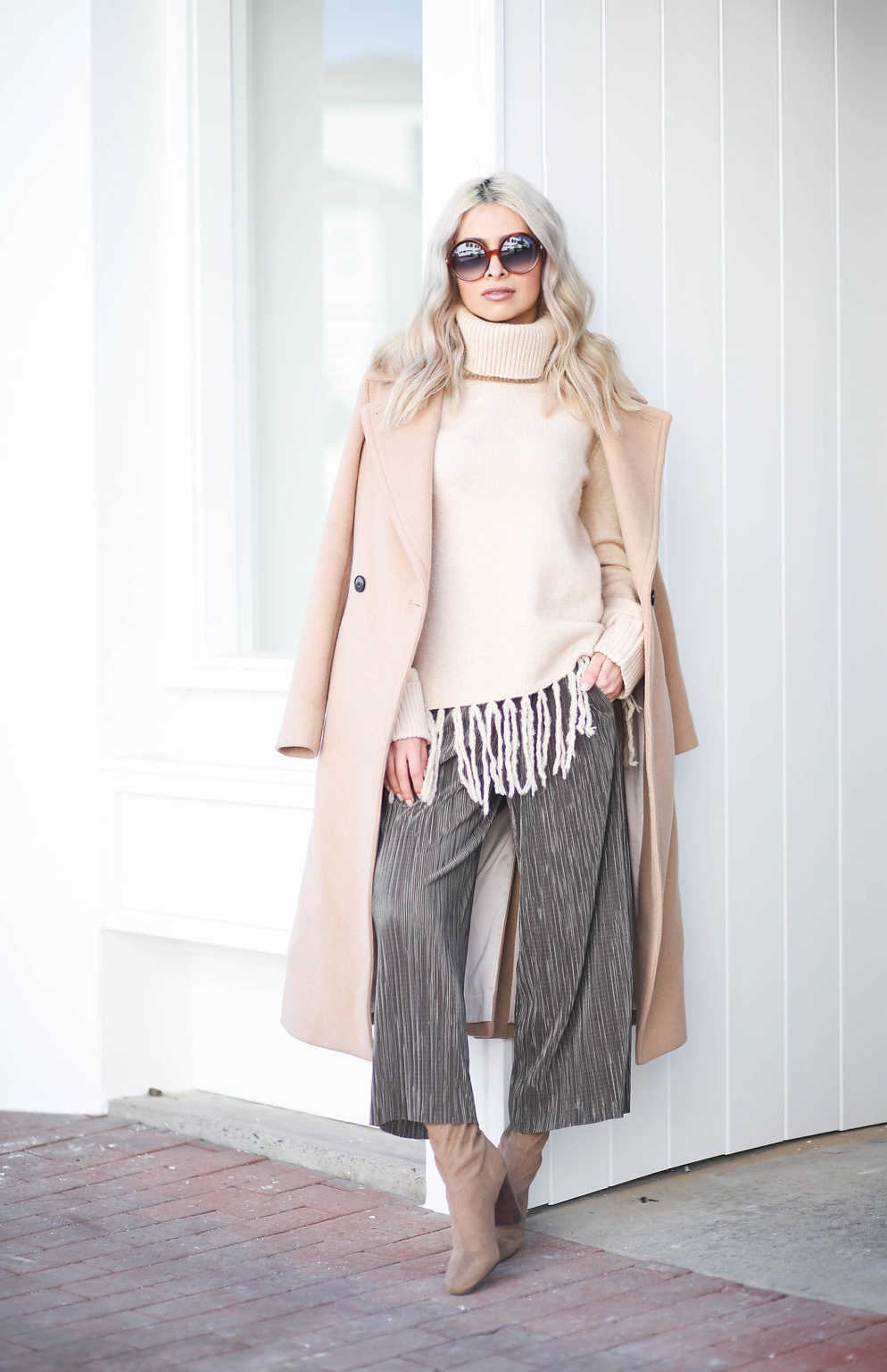 creme colored outfit_club monaco peacoat_club monaco_tan coat_best winter coat_icy blonde hair_kim kardashian hair_lauren conrad hair_blonde lob_forever 21 sweater_vince camuto booties_topshop culottes_culottes_tom ford sunglasses