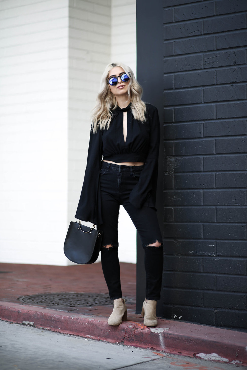 blonde lob_blonde blogger_beauty_blonde hair_black top_backless top_high waisted black pants
