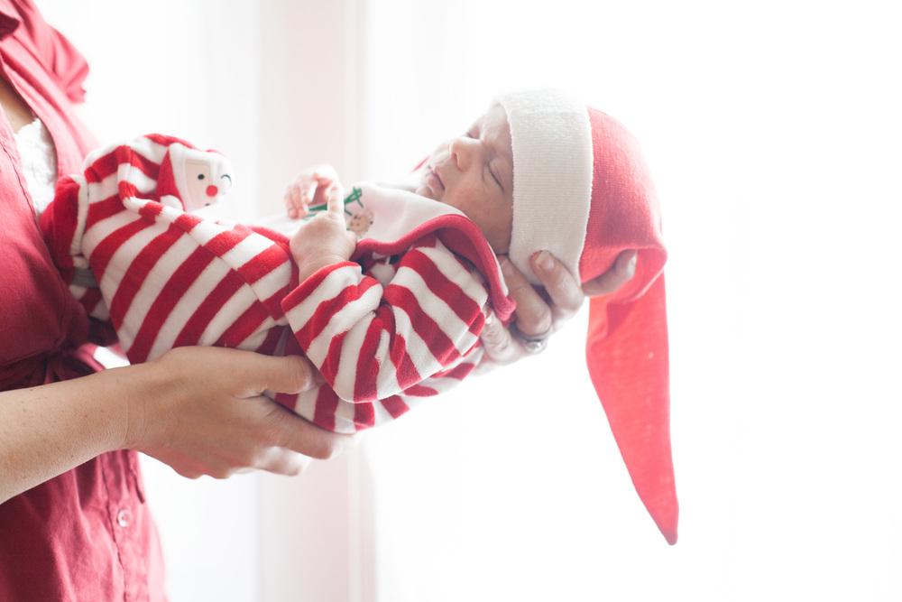 Holiday Newborn Session (Washington, D.C.)