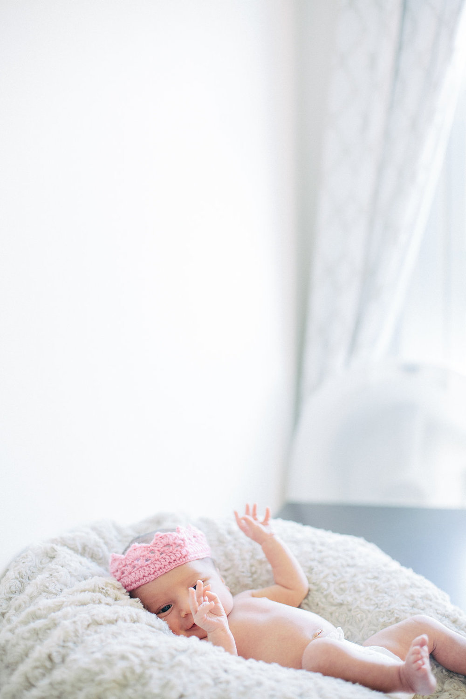 Abigail_Newborn_2015_044.jpg