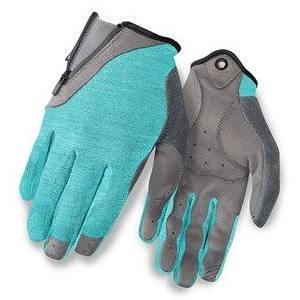 gloves 4.jpg