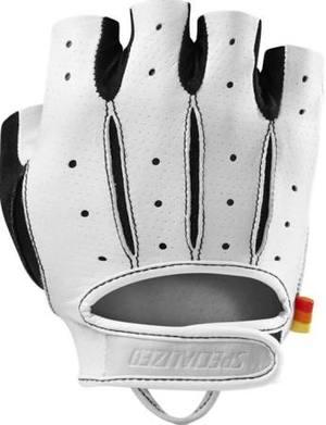 glove+white.jpg