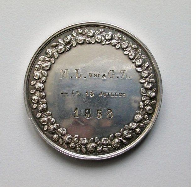 medallionbacksmall.jpg