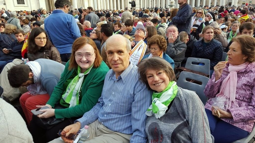With Jon Frankle and Lorraine Hirsch, seated in St. Peter's Square, October 18, 2015