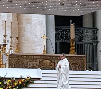 The altar of sacrifice reminded me of the altar Louis Martin donated to St. Pierre's Cathedral in Lisieux in 1888.