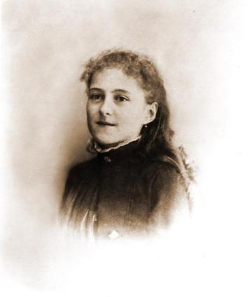 saint-therese-of-lisieux03_360x.jpg